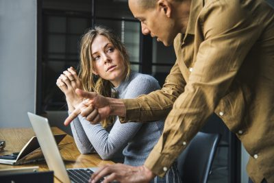 zarządzanie i motywacja w firmie